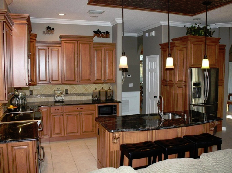 Charmant Tampa Custom Kitchen